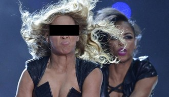 Image of Beyoncé's Publicist Wants to Erase These Six Unflattering Photos from the Internet
