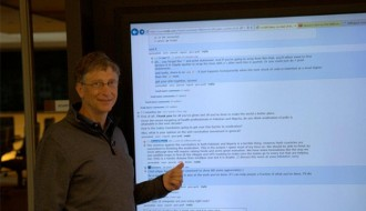 Image of Bill Gates hits Reddit for an AMA, replies using 80-inch Windows 8 display | The Verge